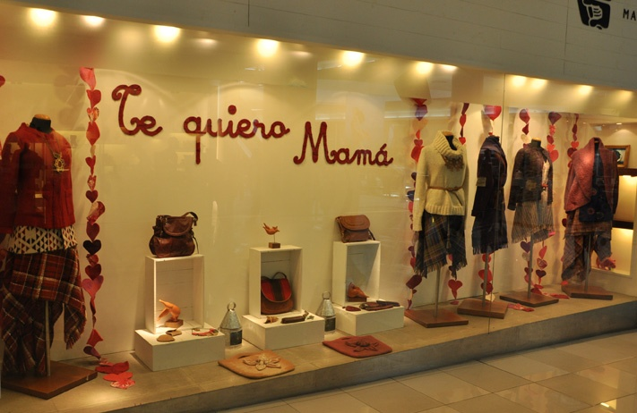 Manos del Uruguay - Vidriera Dia de la Madre - Invierno 2012