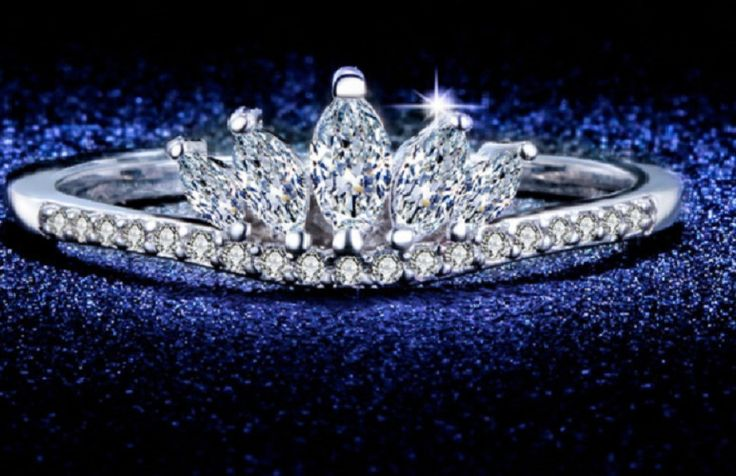 CROWN PRINCESS TIARA INTRICATELY MADE MARQUISE SIMULATED DIAMOND QUEEN RING SIZE #L2D #CROWNRING