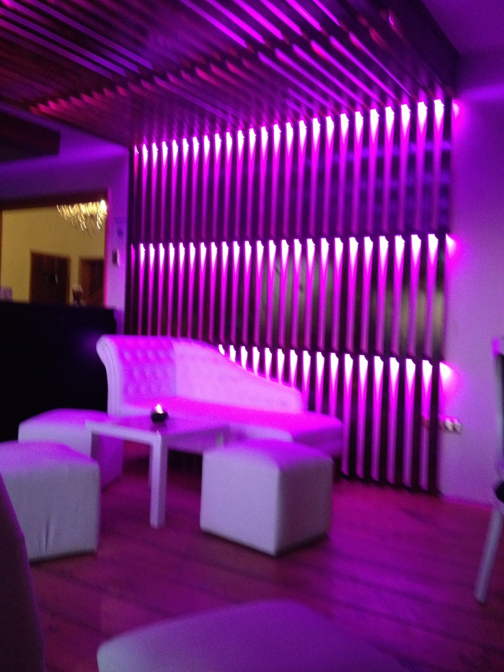 bar. led. lounge. Karinna Arancibia #led #karinnaarancibia