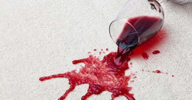 Los mejores trucos para aprender cómo quitar Manchas de Vino Tinto y Blanco. Quita las machas de ropa, camisas, manteles, algodón, en ropa de color y más.