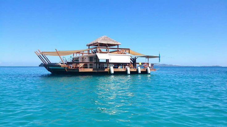 Cloud 9 - plovoucí bar na Fidži