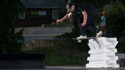 VIP: Flip Skateboards Pro, Matt Berger, at Woodward PA – Woodward Camp: Source: Skateboarding – Woodward Camp on YouTube Uploaded: Fri, 17…