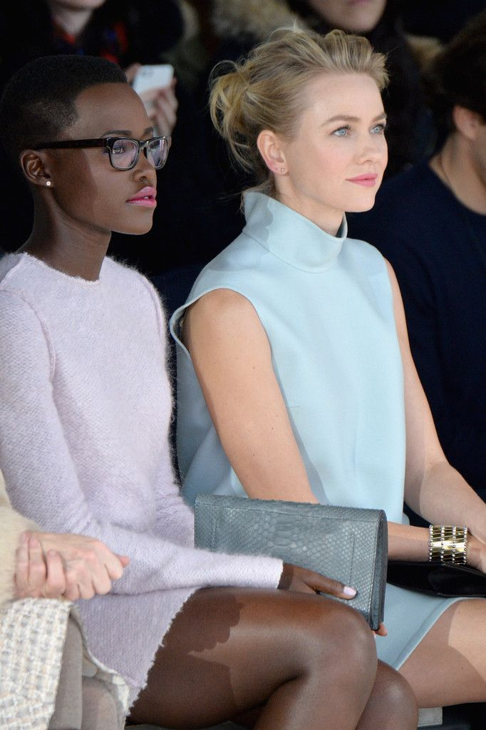 lesbeehive:  Les Beehive – Unintentional Art in Celebrity Candids – Lupita Nyong'o and Naomi Watts