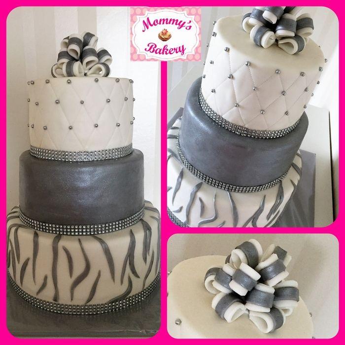 Zilver en glitter taart