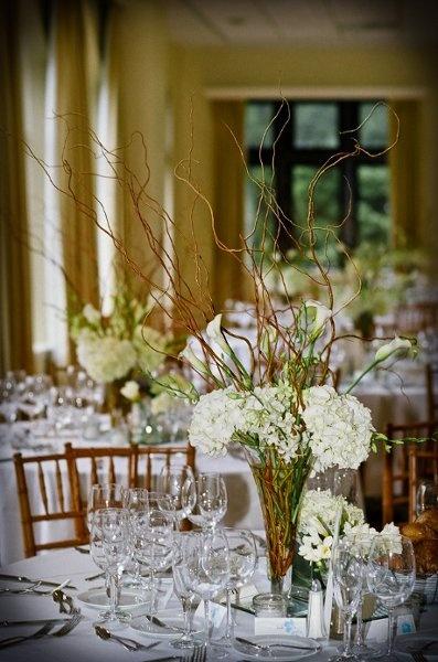 White Centerpiece Wedding Flowers Photos & Pictures - WeddingWire.com