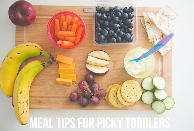 Advice from a Registered Dietician and mom on how to deal with picky eaters! A must-read!