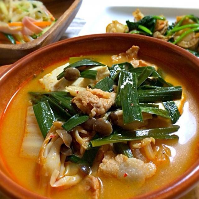 豆腐チゲ ホタテとほうれん草のバター醤油炒め もやしの中華サラダでした♪ - 137件のもぐもぐ - 今日の晩ご飯 by yuika20