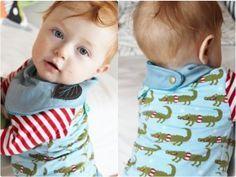 Kostenlose Anleitung + Schnittmuster für ein Babyhalstuch