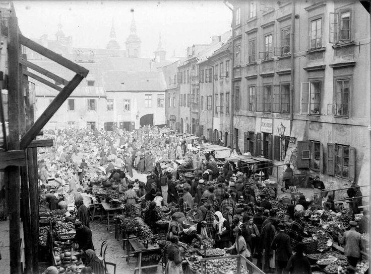 Ul. Szeroki Dunaj - targ na owoce i warzywa, 1917-1920