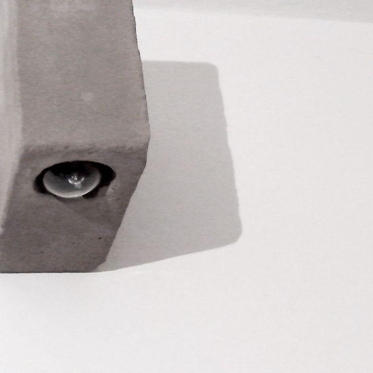 Lampara Difusor Unidireccional de Cemento Concreto para Interior / Exterior