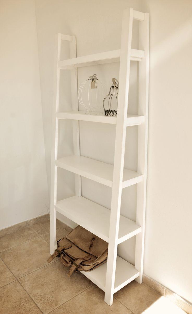 Las 25 mejores ideas sobre estantes escalera en pinterest - Estanterias en escalera ...