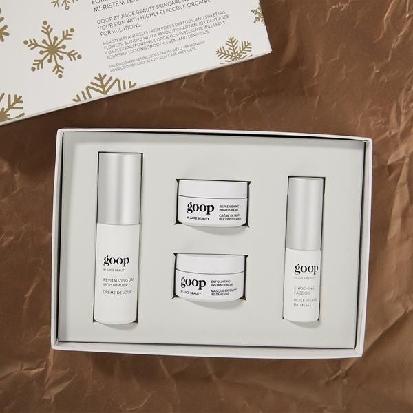 Give (or get for yourself) goop by Juice Beauty's award-winning organic skincare in new, holiday gift-perfect packaging ❄️ . Set includes travel-sized versions of: - Revitalizing Day Moisturizer 0.5 f