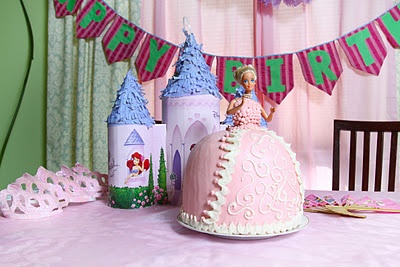 Budget Beautiful DIY: How to Smooth Out Frosting {Princess Barbie Cake}