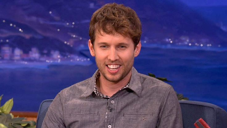 Napolean Dynamite's Jon Heder as himself on XBox live