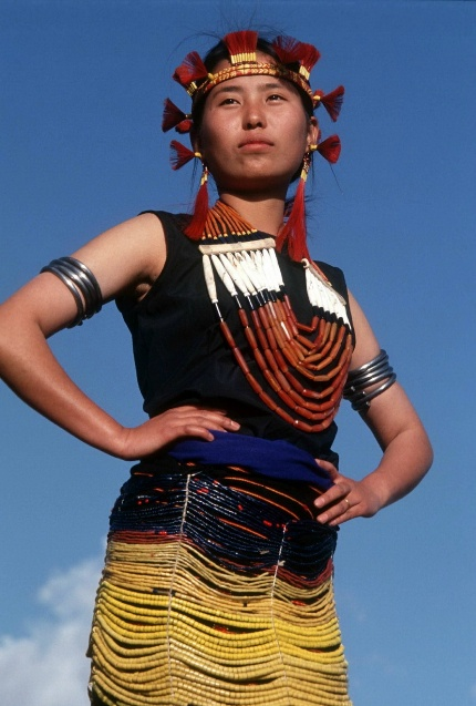 naga fashion | color and concept | Tribal women ...