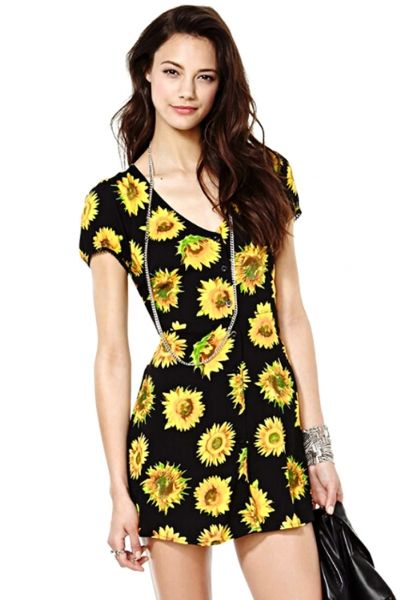 Sweet Black Mini Shift Dress with SunflowerOASAP Giveaway, 10 pieces per day, till the end of 2014! Easiest way to get free clothing!