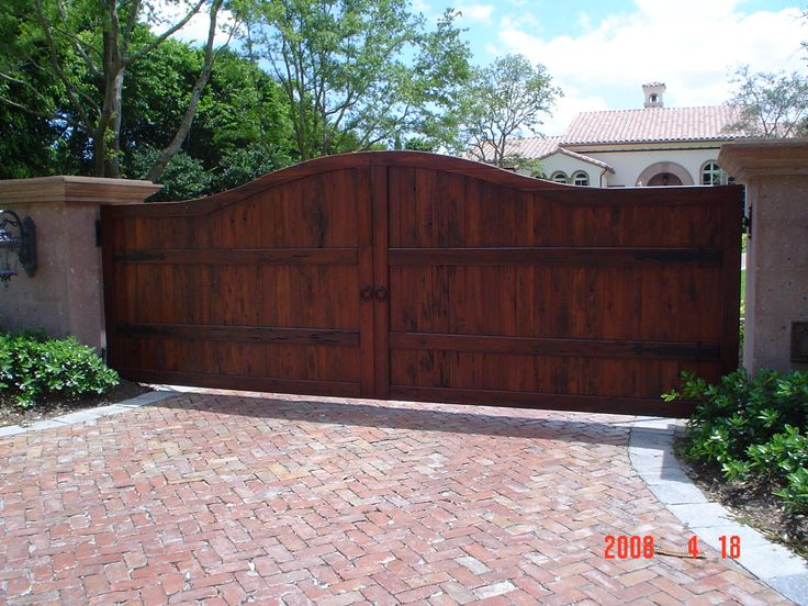 Florida Cypress Inc Pecky Cypress Wood Driveway Gate Ft Lauderdale Fl Florida Cypress