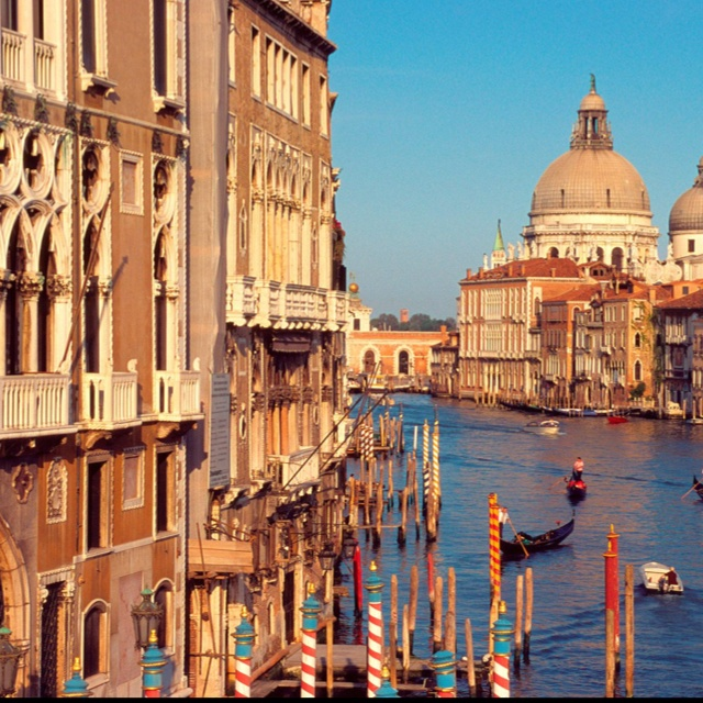 Want to go here: Spaces, Bucketlist, Buckets Lists, Favorite Places, Grand Canal Venice, Places I D, Visit, Venice Italy, Travel