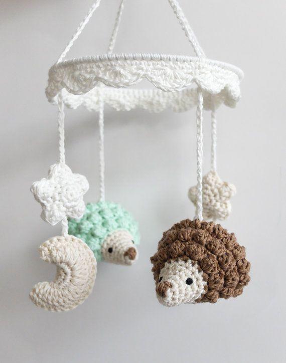 Móvil de bebé, erizo móvil, móvil de cuna recién nacido, bebé hecha a mano regalo, hermoso erizo móvil de ganchillo