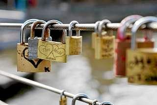 The lock of love secures romance
