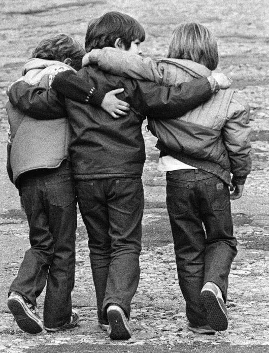 Старые картинки про дружбу, белые картинки
