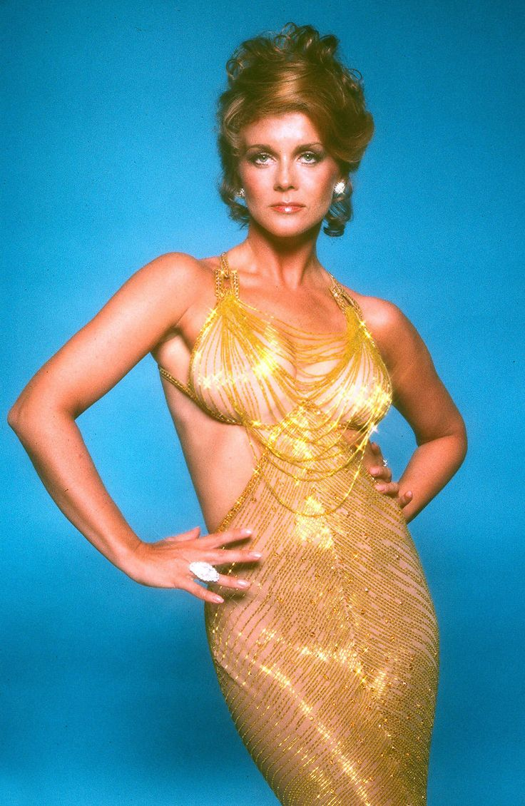 Actress ann margretposes for a portrait in 1980 in los angeles california get premium high resolution news photos at getty images