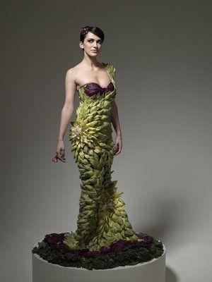 Taking botanical style literally...: Food Fashion, Fashion Dresses, Artichokes, Gowns, Foodfashion, Fashion Food, Fashion Photography, Food Art, Real Food