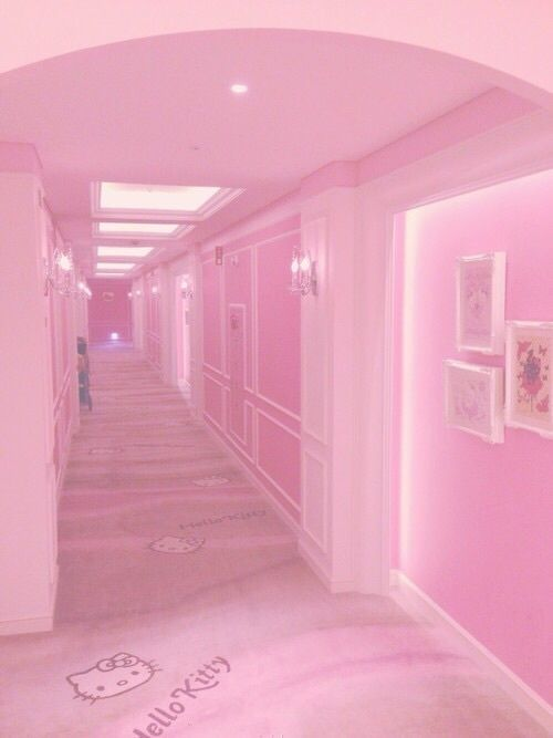 Image about runner pink tumblr in Pink tumblr. by Mandy<3 #pinkish🌸 #Pinktumblr. #grunge #room #pastel #pink #hellokitty #aesthetic #runnerpinktumblr #tumblr #colors #color #L4L #random #FF