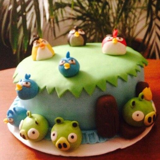Angry birds cake! Banchetto Sweet