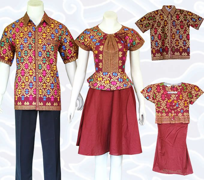 Baju Batik Sarimbit Keluarga Modern berupa baju mama papa plus anak