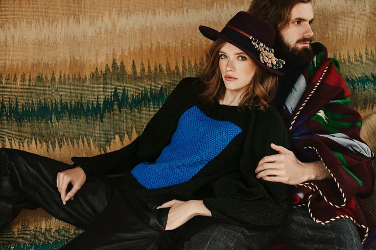 Hand knitted jumper LA COLOMBIANA from B SIDES LA AMERICANA collection (100% fine merino wool) #bsideshandmade #basiachrabolowska #sustainableknitwear