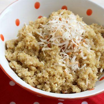 Quinoa mit Kokosnuss: leichtes und leckeres Frühstück