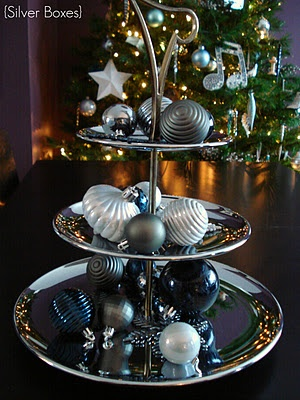 An Easy Christmas Centrepiece