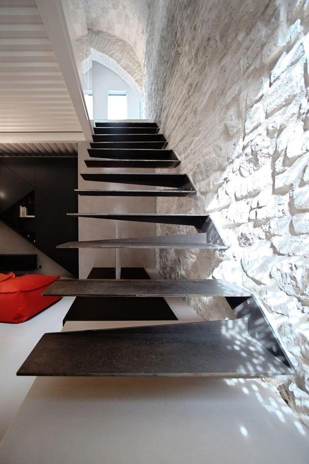 As 1427 melhores imagens em stairs no pinterest escadas for Mobilia hundeschule chemnitz