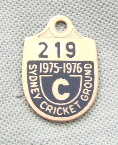 Sydney Cricket Ground Member's Badge 1975-1976 #219 Country