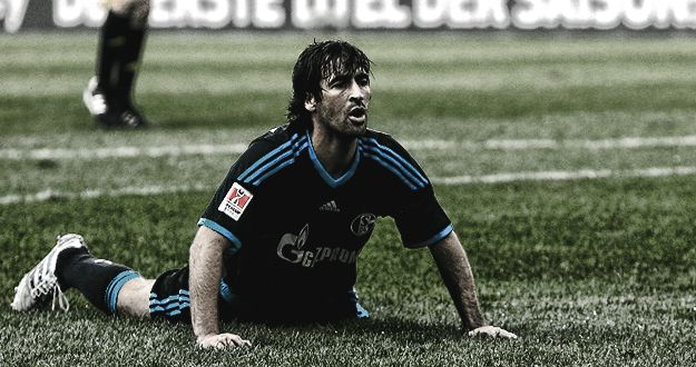 Raul on Schalke04 .. Dat Face xD