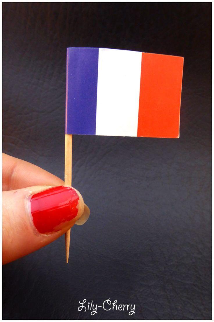 Piques Drapeaux FRANCE Décoration cure dent pour cupcake gâteau x1 : Cuisine créative par lilycherry
