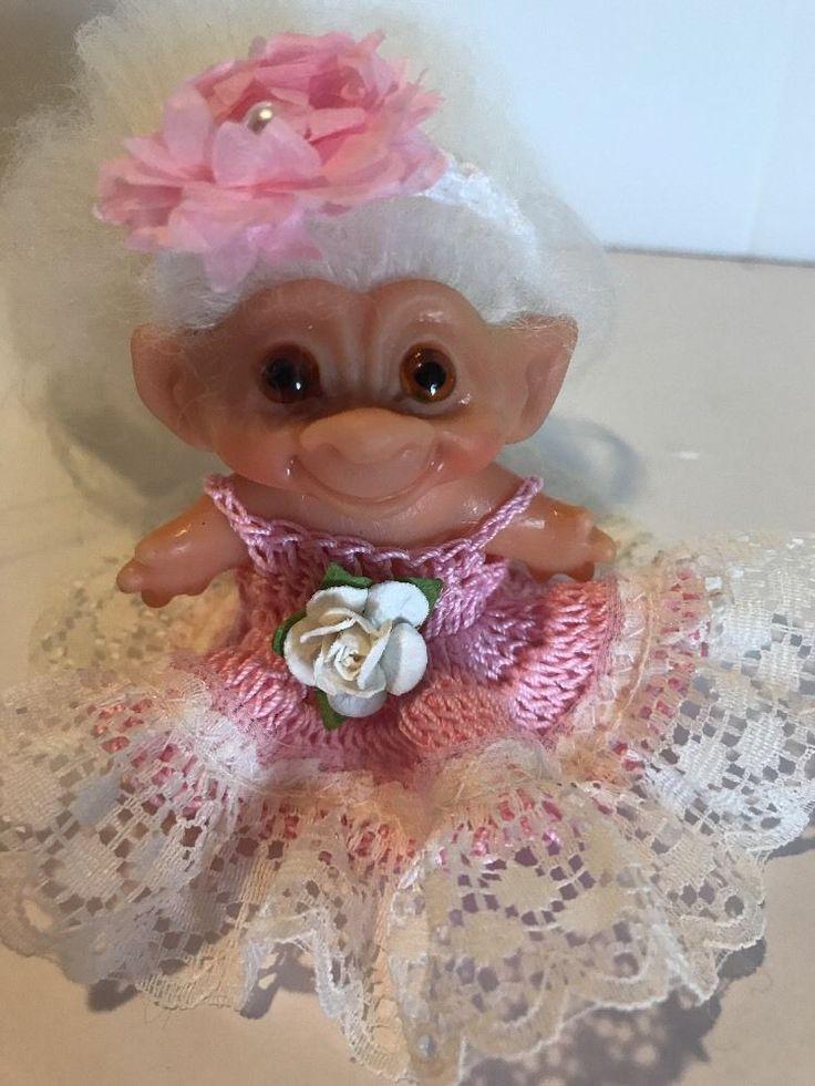 Delightful barbie book cabbage doll troll vintage speaking