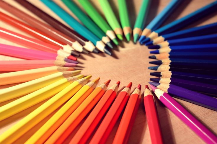 heart-shaped line of color
