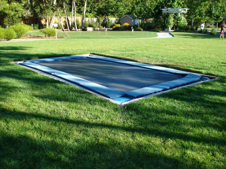 17 best images about inground trampoline on pinterest awesome backyards and spring. Black Bedroom Furniture Sets. Home Design Ideas