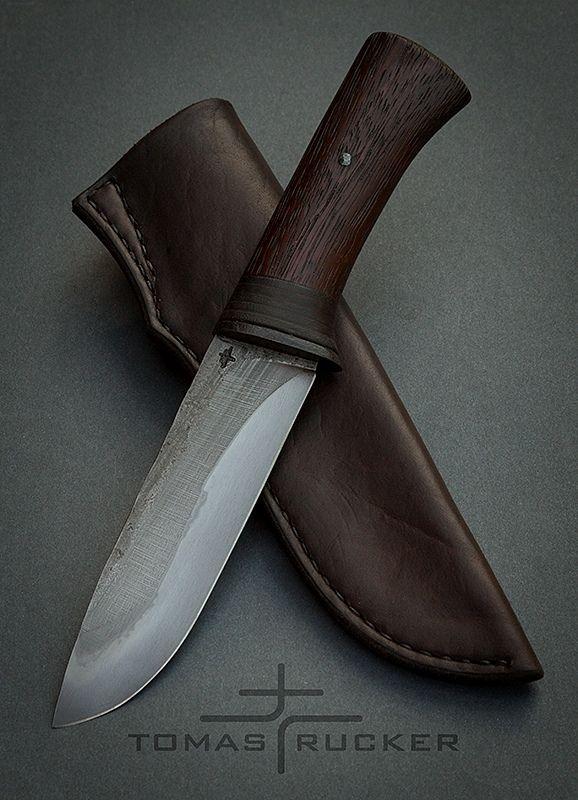 Custom Handmade Knives - Tomas Rucker #bushcraftknives