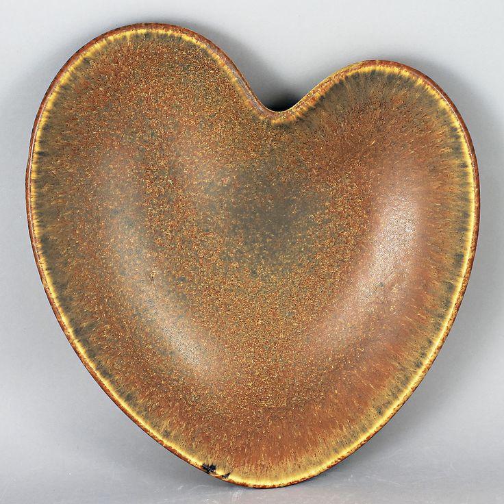 Gunnar Nylund (AXA 1950s) Grand Heart-Shaped Bowl