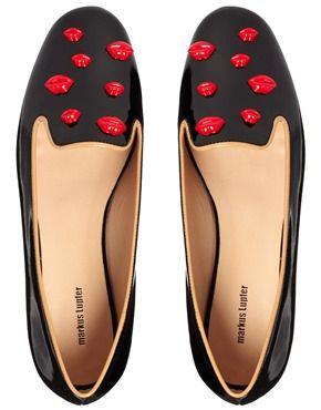 Markus Lupfer - Chaussures plates style chaussons à motif lèvres rouges - Noir verni