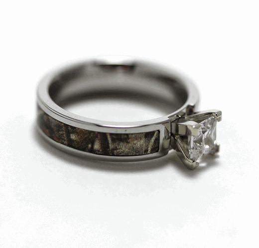 Great Women us Cobalt Chrome Princess Cut Diamond Camo Ring
