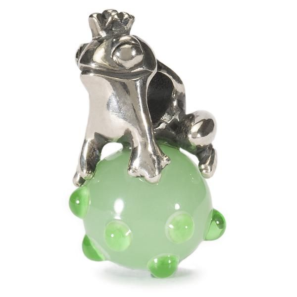 Germany - The Frog Prince. Instantly reminds me of the story of the Princess and the Frog. #TrollbeadsWorldTour