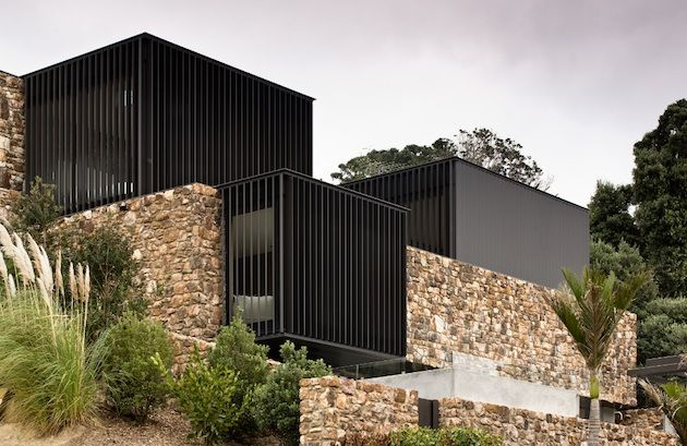 Patterson Associates Local Rock House on Waiheke Island (3)