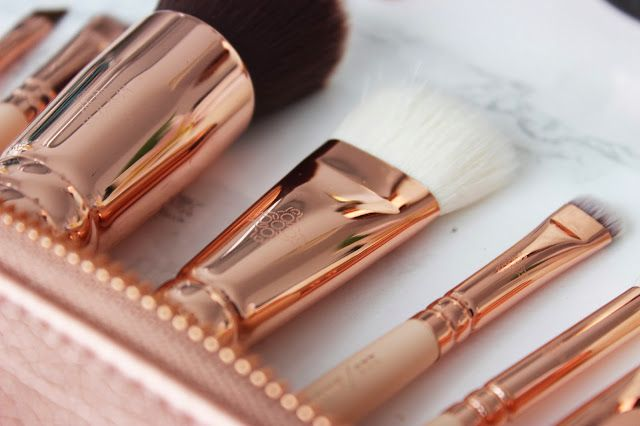 NEW ZOEVA ROSE GOLD MAKEUP BRUSHES