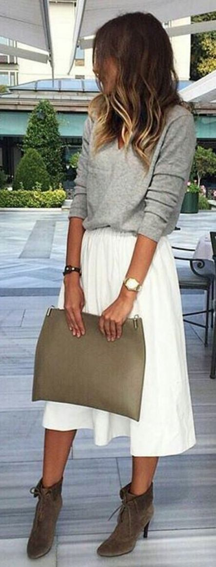 Pinterest: @eighthhorcruxx. Fall transitional. Grey top, white skirt, boots and clutch