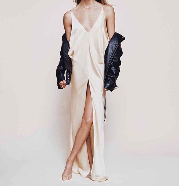 Silky satin delightfulness by @c__l__o  #clo #emerging #designer #silk #satin #torontoblogger #blogger #bloggerstyle #fashioninspo #fashiondiary #instagood #instalike #instadaily #inspiration #instafollow #bebold #beyourself