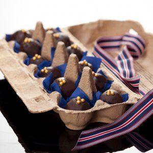 Chokoladeovertrukne marcipankugler med figner og Baileys opskrift